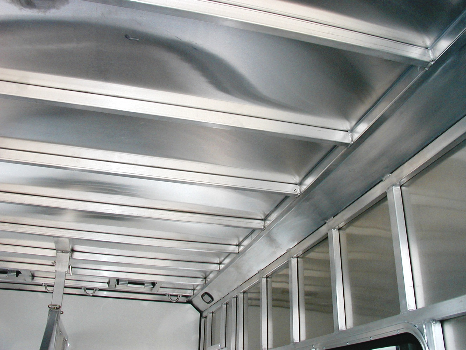 Metal Trailer Roofs : Frontier trailers